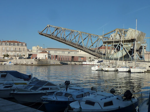 Lifting bridge over the Canal at Sete in Languedoc, on the Mediterranean ,ear the besy B&B in Languedoc Villa Roquette in the South o France