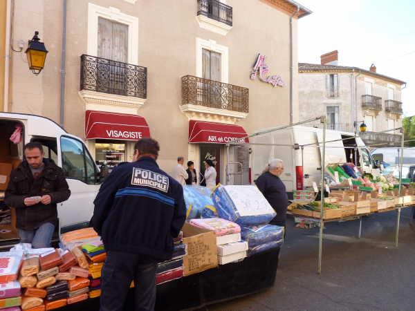 montblanc_market-stalls