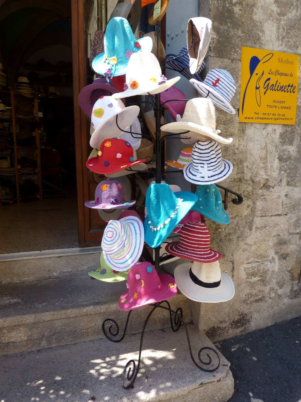 Galinette Makes hates in Pezenas