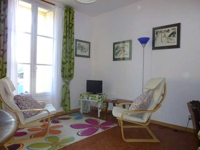 Olive apartment in Vila Roquette