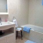 poppybathroom700