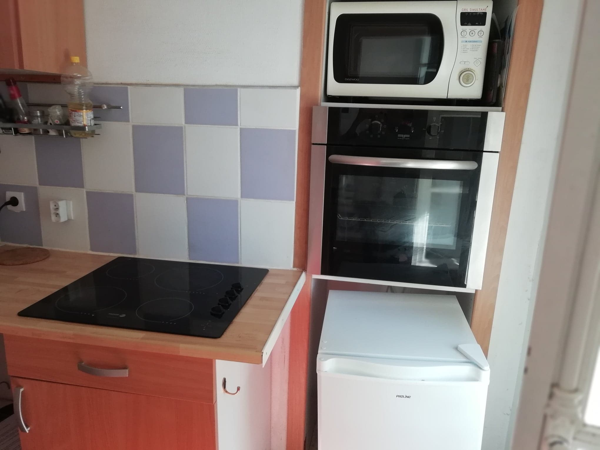 Poppy Kitchen area